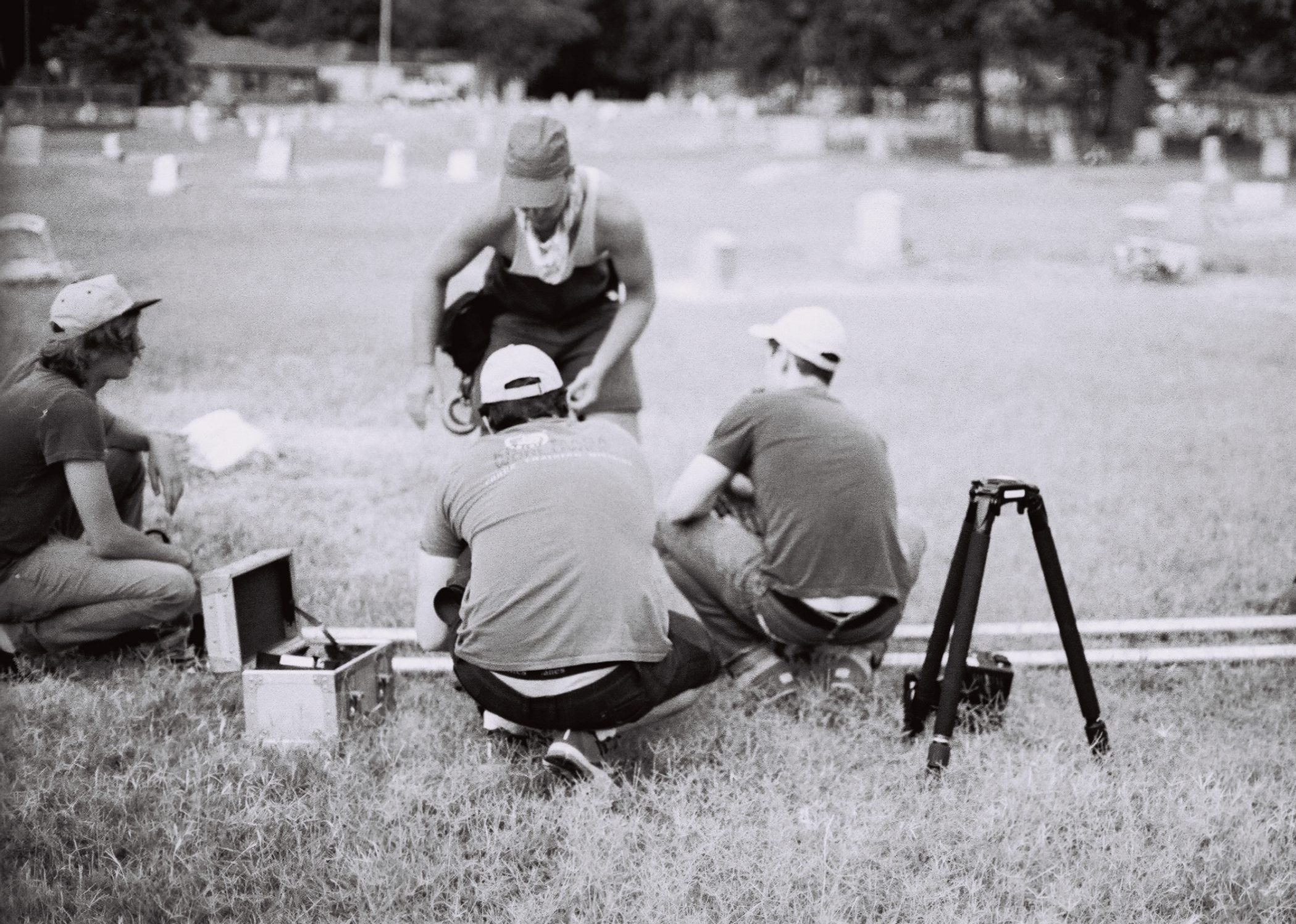 Bookers_Place_Photos_by_Danielle_Andersen_Crew_At_Graveyard_With_Slider
